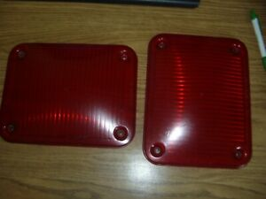 Two Whelen Series 900 Red Lens 68 1183542 50a