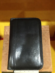 Coach Vintage Black Polished Leather 6 Ring Personal Organizer