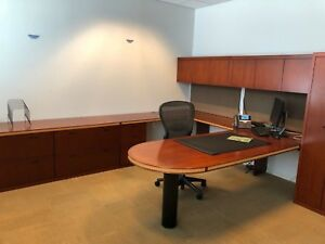 Executive Suite Set U shape Desk Round Table W Chairs By Geiger Office Furn