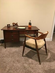 Mid Century Desk Bassett Furniture All Wood