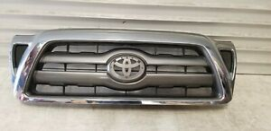 2005 2006 2007 2008 2009 2010 Toyota Tacoma Front Grille Genuine Factory Oem