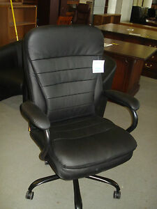 Big n tall Heavy Duty Executive High Back Chair By Office Source 991 New