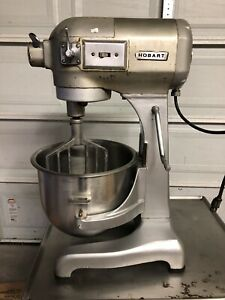Hobart A200 Mixer With Stainless Steel Table And Paddle