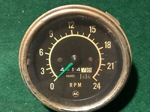 Vintage Ac 2400 Rpm Tachometer And Hours Gauge 4 5 Diameter