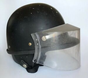 Super Seer Police Motorcycle Riot Gear Helmet With Face Shield 51618 600 M