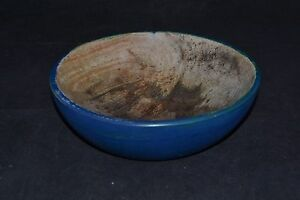 Small Wooden Bowl With Blue Paint Nd3327