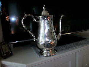 Silver Tea Or Coffee Pot With Round Base