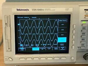 Tektronix Oscilloscope Tds640a 500hz 2gs s In Perfect Working Condition