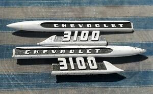 1956 56 Chevrolet Chevy Truck 3100 Fender Trim Spear Oem Pair Left And Right