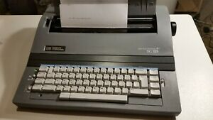 Smith Corona Sc 125 Electric Typewriter With Power Cord Cover And Manual Tested