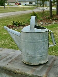 Vintage Antique Galvanized Metal Farmhouse Garden Watering Water Can 2 5 Gallons