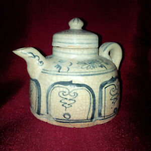 Old And Antique Chinese Blue And White Flower Small Teapot