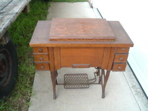 Antique New Automatic Treadle Sewing Machine Cabinet And Head S N C329356