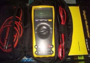 Fluke 175 True Rms Multimeter 28500295