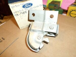 1957 1958 Ford Thunderbird Fairlane 500 Nos Luggage Compartment Latch B8e 43200a