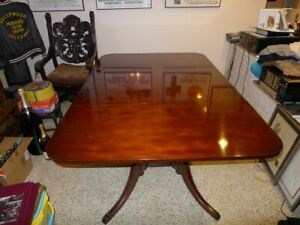 Drexel New Travis Court Dining Room Table Mint