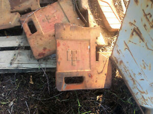 International Harvester Tractor 75 Lb Suitcase Weight Part 383392r1