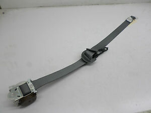 2012 2013 2014 Toyota Sienna Passenger Side Second Row Seat Belt