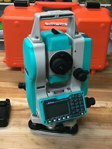Nikon Npl 322 One Display 5 Reflectorless Total station