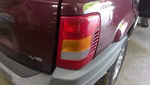 1999 Jeep Grand Cherokee Right Passenger Tail Lamp Light Assy Oem