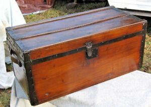 Antique Pine Trunk W Wooden Side Handles Hand Rubbed Finish 28 X13 X12