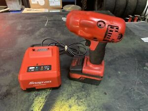 Snap On Ct8810a Cordless Impact 1 Battery And 1 Charger