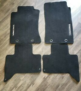 4 piece Black Carpet Floor Mat For 2012 2013 Toyota Tacoma Double Cab used Oem