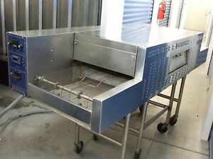 Bakers Pride Conveyor Bakery Pizza Oven 8 Ft