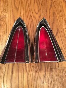 1974 1978 Chrysler Imperial Upper Tail Light Lens Assembly Pair