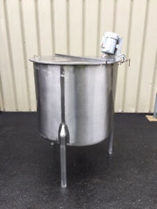 Stainless Products Corporation 160 Gallon Stainless Steel Mixing Tank