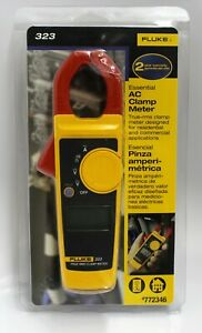 Fluke 323 True rms Essential Ac Clamp Meter 772346 Distressed Clamshell New