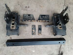 Western Ultramount Frame 88 00 Chevy gmc 2500 3500 Only Snow Plow Mount 67865