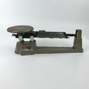 OHAUS Triple Beam Balance Scale 2610gm Capacity with 3 Weights Vintage