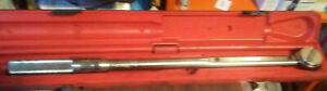 Matco Tools 1 2 Drive Torque Wrench T 250fr Usa With Plastic Case