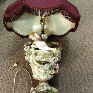 Rare Antique Capodimonte Italian Porcelain Table Lamp Angels Cherubs