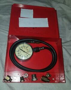 Snap On Oil Pressure Gauge Set 0 100 Psi Adapters Red Metal Case