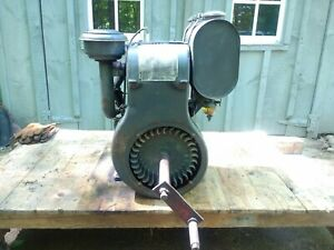 Vintage Antique Wisconsin Model Ahh Hand Crank Engine Gibson Model A Tractor
