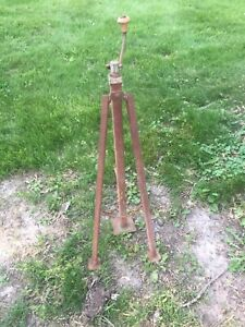 Vintage Tripod Bumper Jack Universal Wood Handle Car Truck Folding