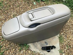 88 98 Chevy Silverado Tahoe Suburban Yukon Tan Floor Center Console Cup Holder