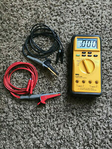 Uei Clm 100 Cable Length Meter W Leads Great Condition
