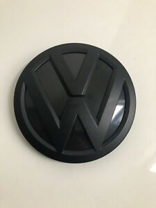 Volkswagen Genuine Oem 2015 Jetta Grille Badge Emblem Vw Sign 3g0853601b Dpj