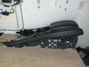 Center Console Armrest Leather Black Bmw E70 X5 Oem 2007 2013