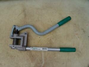 Greenlee 710 Knock Out Stud Punch 1 Conduit 1 11 32 Dia 20 Ga 10