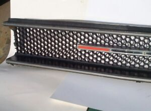 1970 Sport Satellite Grill And Emblem Oem Plymouth 2998002 Gtx 70