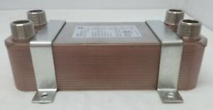 30 Plate Water To Water Brazed Plate Heat Exchanger 1 Mpt Ports W Brackets