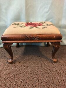 Vintage Rectangular Foot Stool With Needlpoint
