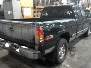 2000 Chevrolet Silverado 1500 Pass R Side Quarter Mounted Tail Lamp 100 573720