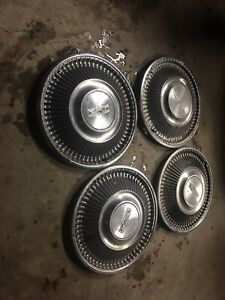 Vintage Set Of 4 1968 Ford 14 Hubcaps Fairlane Falcon