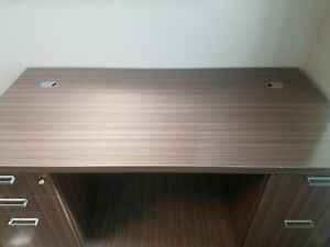 Executive Desk Credenza Set By Herman Miller Barely Used Excellent Condition
