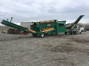 Farm Equipment Mccloskey Trommel Green Used